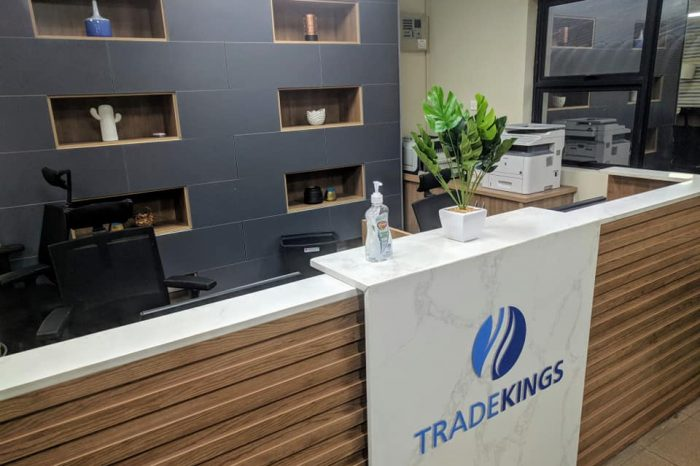Trade Kings reception by baus